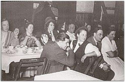 Karneval Anfang der 60er Jahre im Saal der Gastwirtschaft Karl und Katharina Sünnen